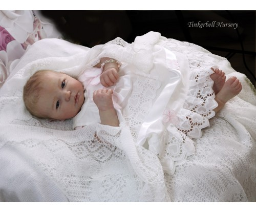 "Kit - Realborn Jennie Awake 19"" (Bountiful Baby)"